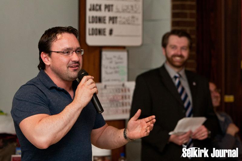 Matt Evans addresses the audience. Call J Team - Re/Max was a Presenting Sponsor