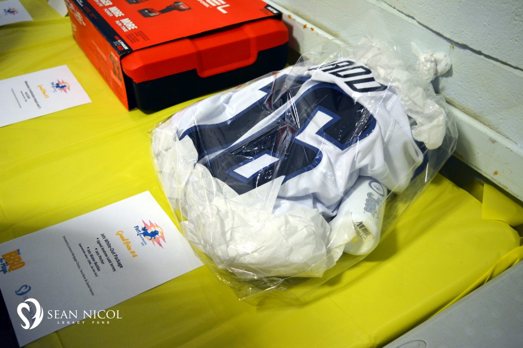 Signed Andrew Ladd Jersey, Winnipeg Jets - Shaw BBQ for Hope